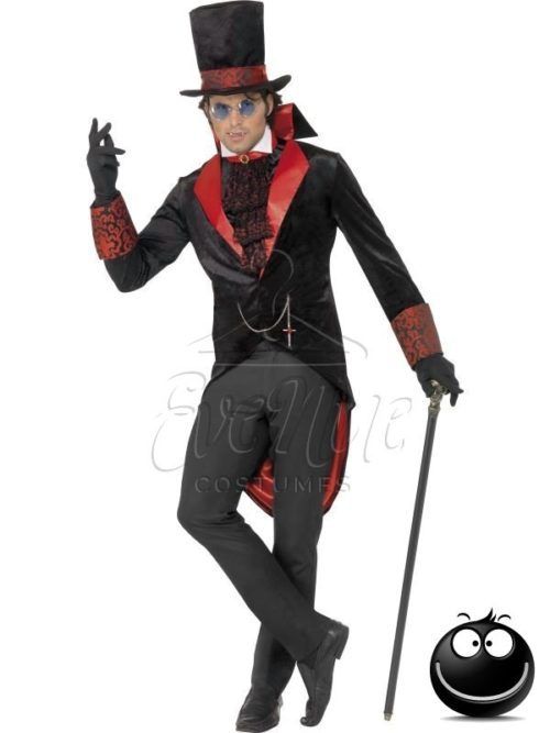 Dracula vámpír férfi jelmez az EveNue COSTUMES jelmezkölcsönző szalon kínálatából