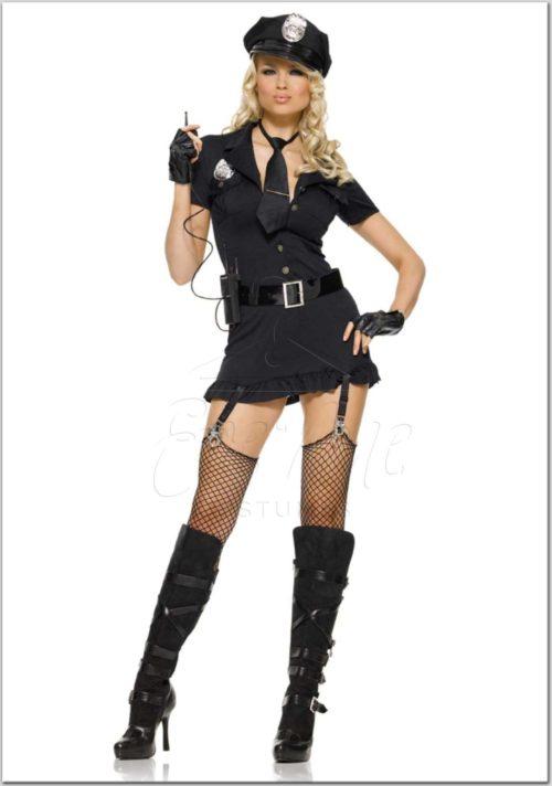 Rendőrnő farsangi jelmez az EveNue Costumes jelmezkölcsönző szalon kínálatából