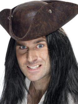 Barna kalóz kalap az EveNue COSTUMES jelmezkölcsönző szalon kínálatából