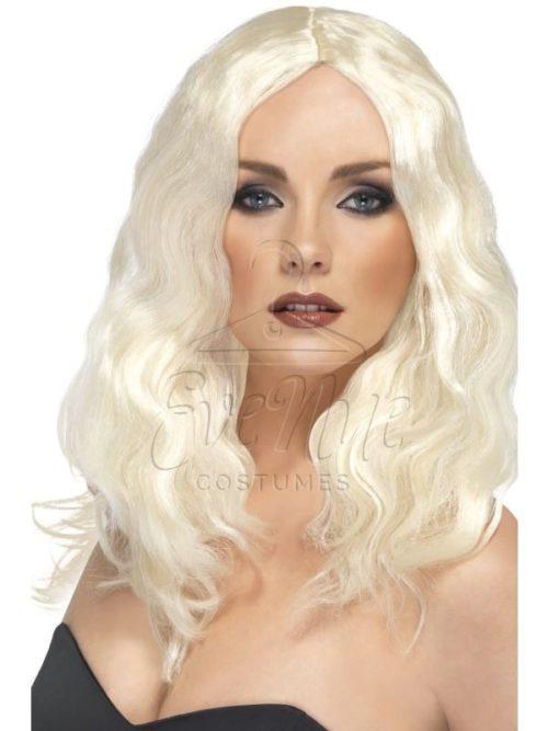 Szőke színű hosszú női paróka az EveNue COSTUMES jelmezkölcsönző szalon kínálatából
