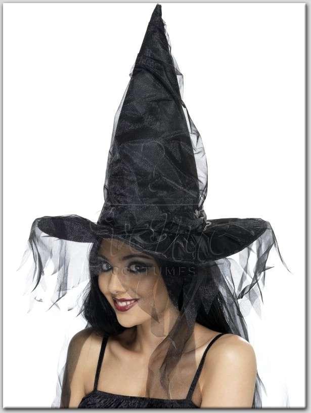 boszorkány kalap tüll díszítéssel