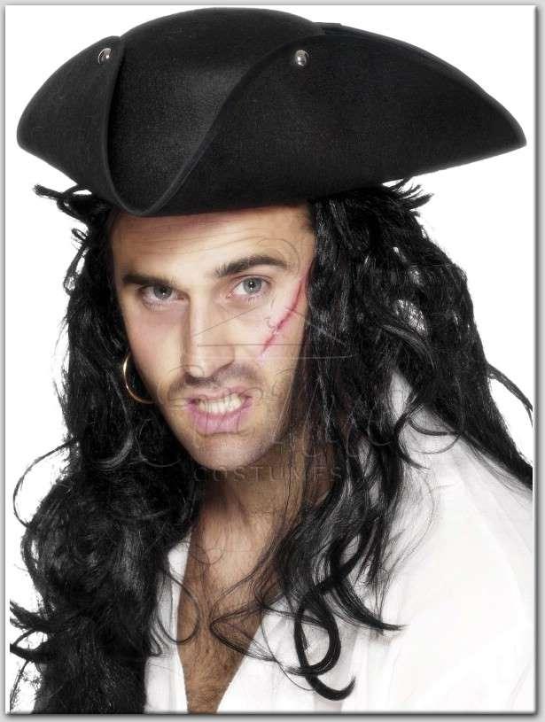 fekete kalóz kalap