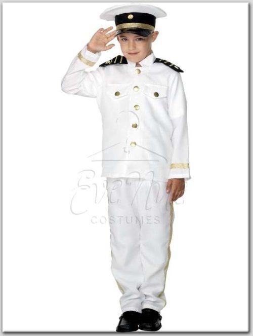 Kapitány fiú gyermek farsangi jelmez az EveNue Costumes jelmezkölcsönző szalon kínálatából