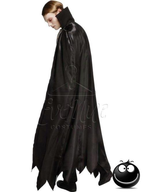 Vámpír férfi jelmez az EveNue COSTUMES jelmezkölcsönző szalon kínálatából