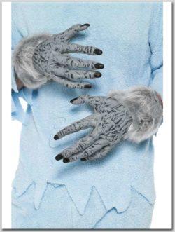 Vérfarkas kéz az EveNue Costumes jelmezkölcsönző szalon kínálatából