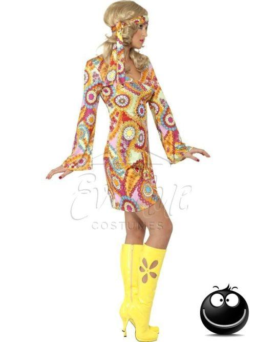 Hippi női farsangi jelmez az EveNue COSTUMES jelmezkölcsönző szalon kínálatából