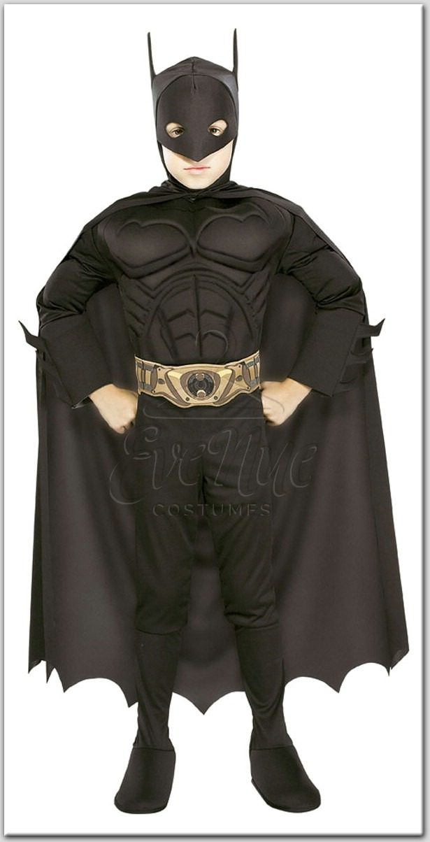 Batman fiú gyermek jelmez az EveNue COSTUMES jelmezkölcsönző szalon kínálatából