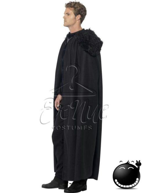 Barbár férfi jelmez az EveNue COSTUMES jelmezkölcsönző szalon kínálatából
